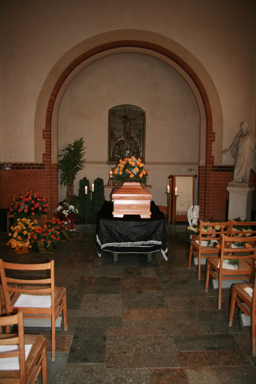 Kapelle-innen-Borsdorf_1