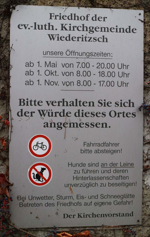 Schild-Friedhof_1