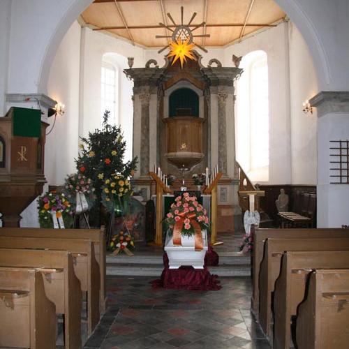 FH-Polenz-Kirche-innen