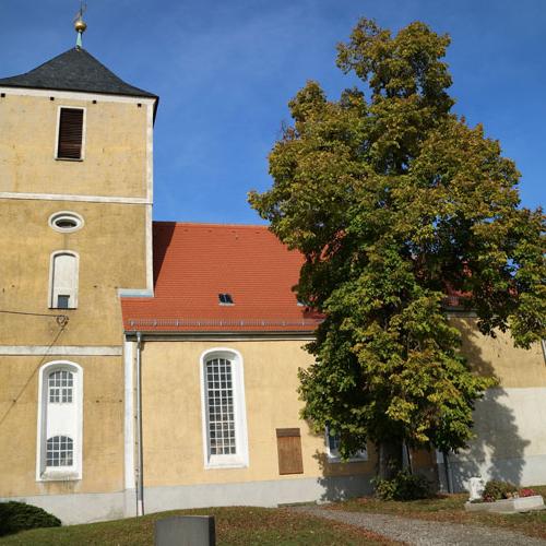 Kirche-aussen-Polenz_2