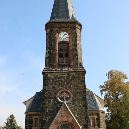 Kirche_aussen_1