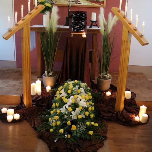 weltliche-Trauerfeiern-Gemeinderaum_1