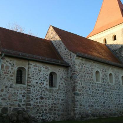 Kirche-Thekla-Seite_1